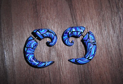 Falešné roztahováky modrá mozaika