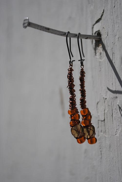 Zamotané měděné oranžové kratší