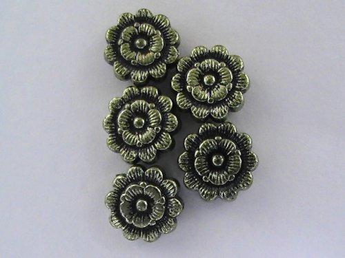 Kytičky kovového vzhledu