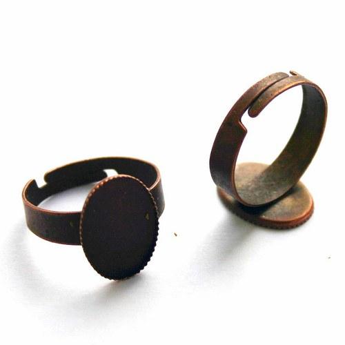 prsten s lůžkem měděný