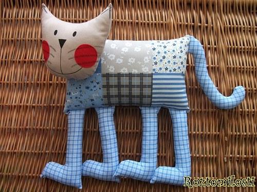Kočka nohatá-autorský výrobek