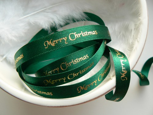 "Stuha \""Merry Christmas\"" zelená 3 metry - AKCE"