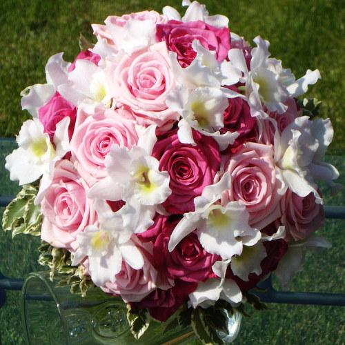 Svatební kytice do růžova