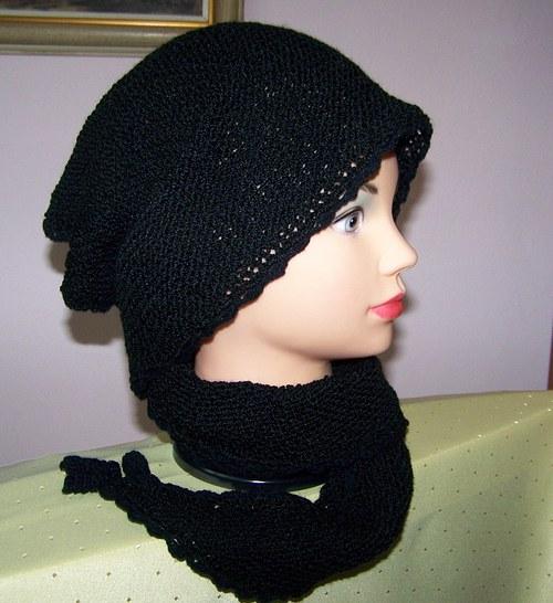 Černý šátek.