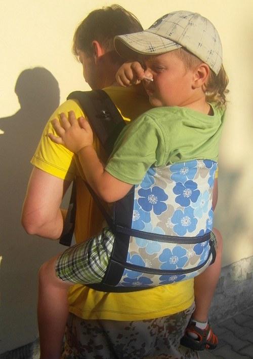 Ergonomické nosítko na mimčo i školkáčka :)