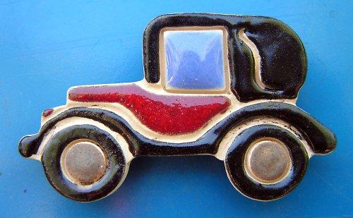 Auto VETERÁN s červenou