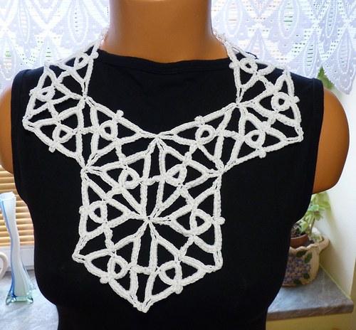 Náhrdelník z trojúhelníků
