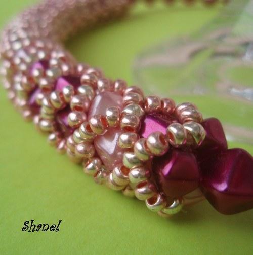 Pipeline elegant Violet in Pink