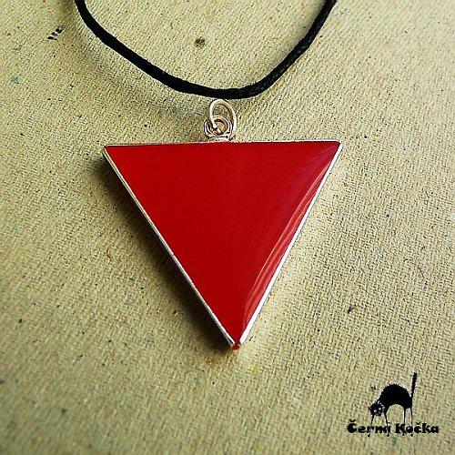 Trojúhelník Červené paní