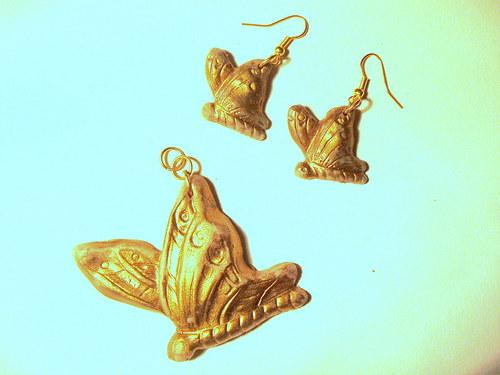bronzoví motýlci