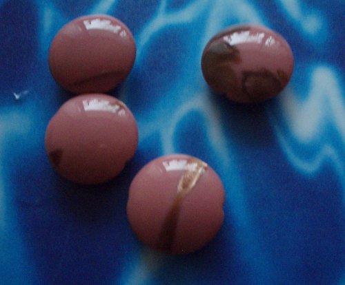 Vinuté perle - 4 ks