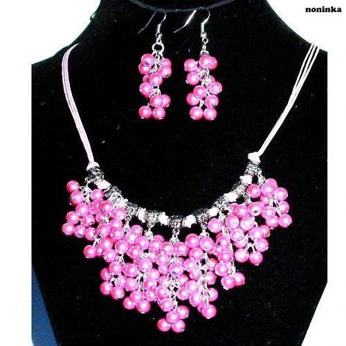 Růžový bohatý náhrdelník a náušnice
