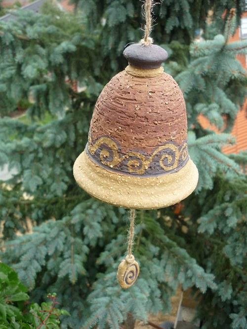 Keramický zvon -s ulitami-červený-17cm