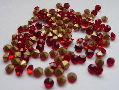 šatony červená 3mm 20 kusů