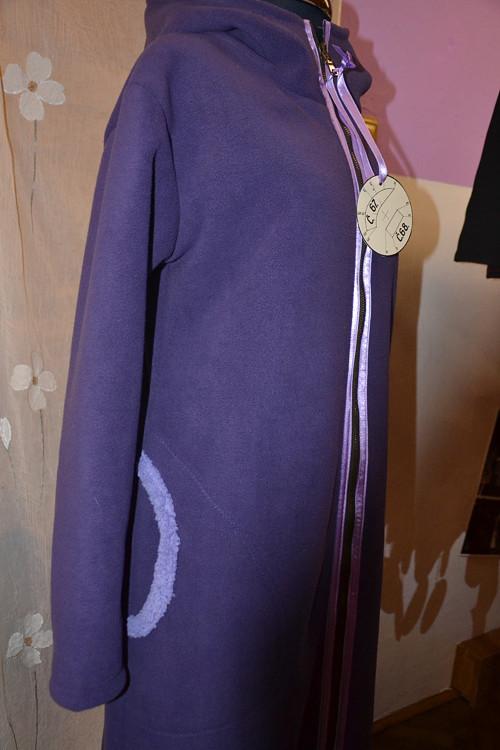 Fialkový kabát s kapucí ......proč ne