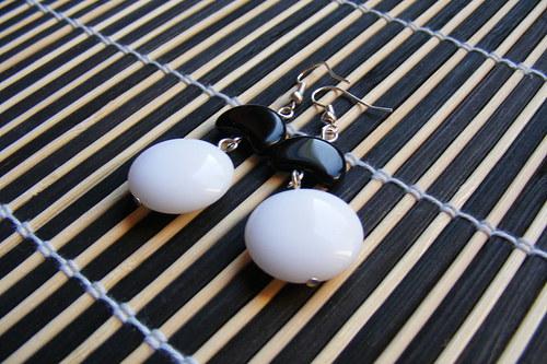 Bílo - černé