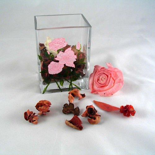 Vázička s růžemi
