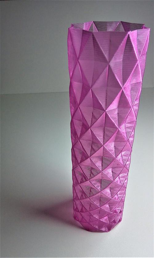 Váza moderní prolamovaná - 3D tisk