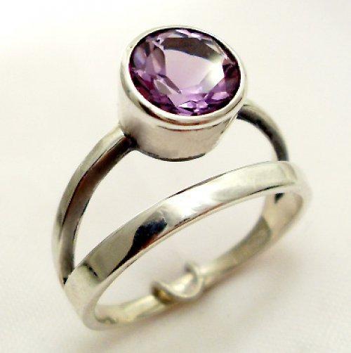Prsten «Jezero»  - stříbro 925, přírodní ametyst