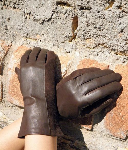 Čokoládové kožené rukavice s hedvábnou podšívkou