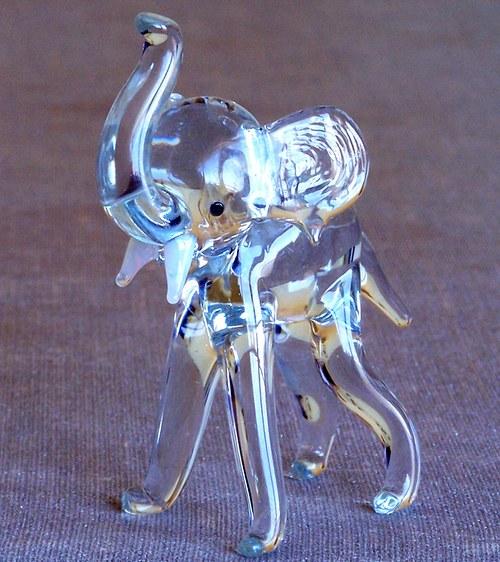 Slon křišťálový