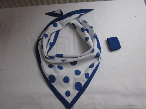 dekorativní šátek