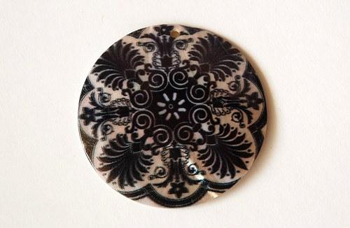 7936 černý ornament
