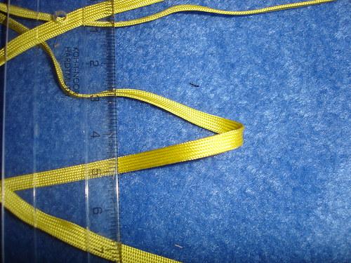 dutinka žlutá 1m