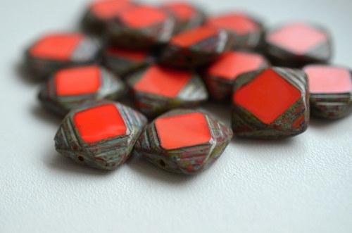 Ploškované čtverečky s travertinem, 15x15mm, 5ks