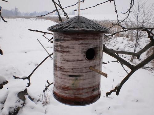 Závěsná budka pro ptáčky