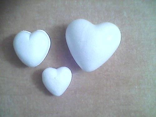 Srdce vypouklé cca 8 x 8,5 cm polystyren