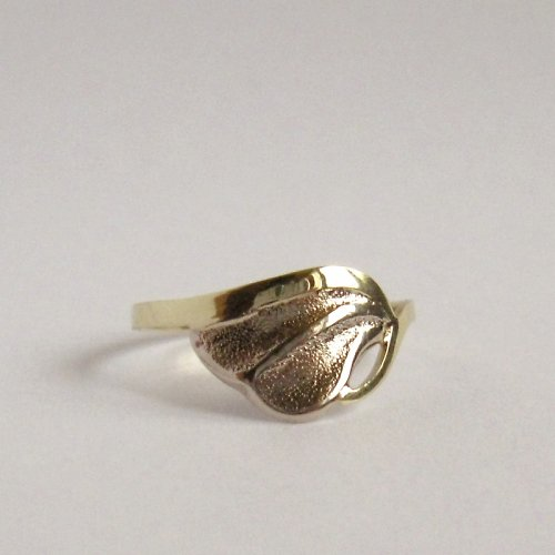 Touha (zlatý prsten)