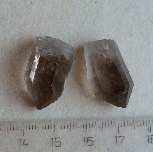 Záhněda - krystal - 2 ks