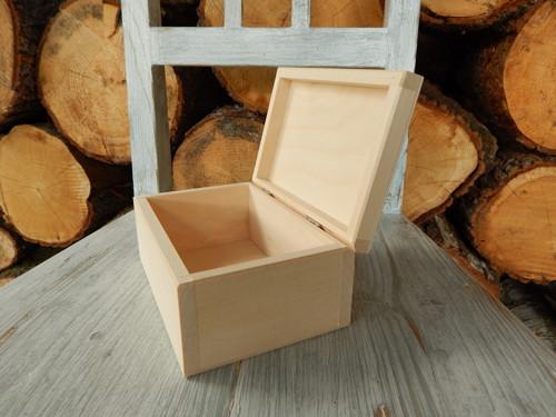 Krabička obdelník 16,5 x 11 x 7,5 cm