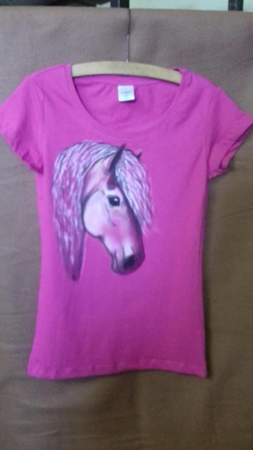 Tričko s hlavou koně