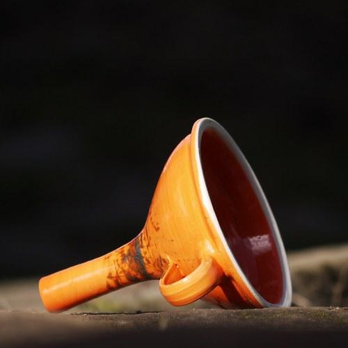 Kameninový trychtýř - Oranžáda