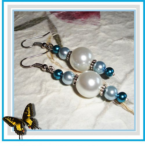 EARRING - Blue and white