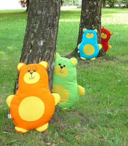 Medvídci Míšové v lese... :)