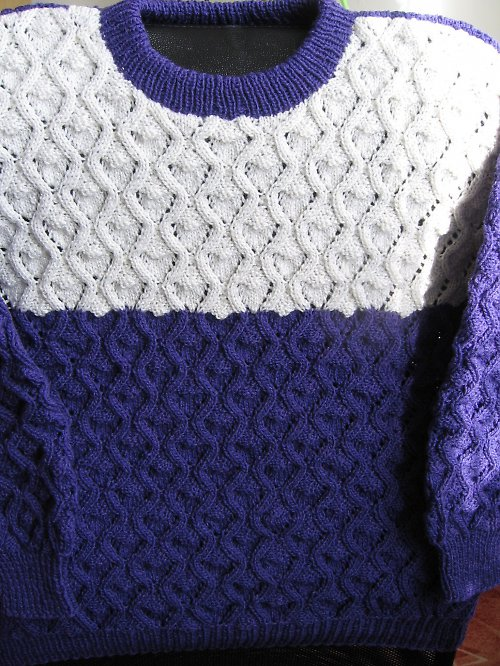 Fialový dámský svetr-sleva-499,-Kč