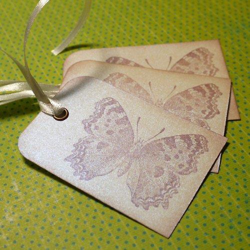 motýlí visačky...perleťové...3ks