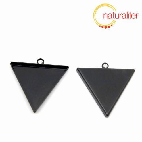 Lůžko trojúhelník 25mm černé