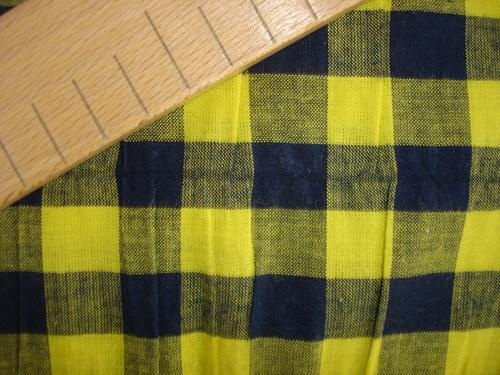 kostkovaná  bavlna,cena za 10cm,šíře 140cm