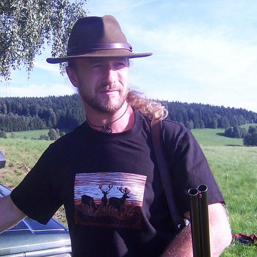 Tričko pro myslivce s jeleny - černé