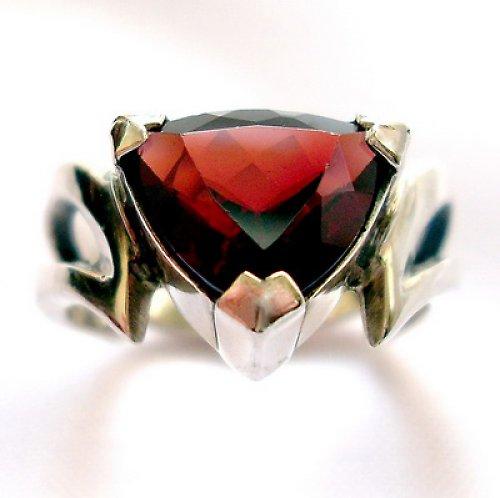 Prsten «Maska» - stříbro 925, granát