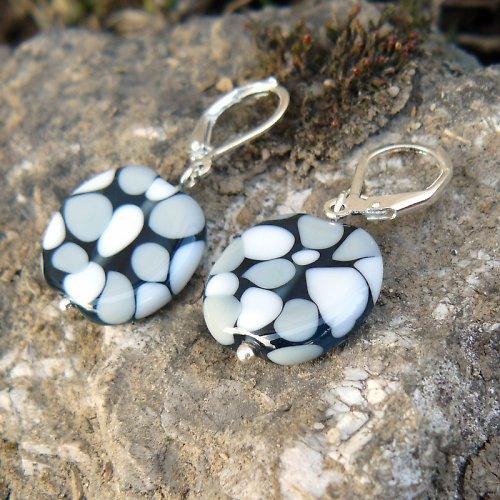 Náušnice - mozaikové placky - šedo bílé