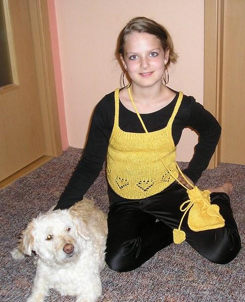 Žlutý pletený top pro malé slečny- sleva!