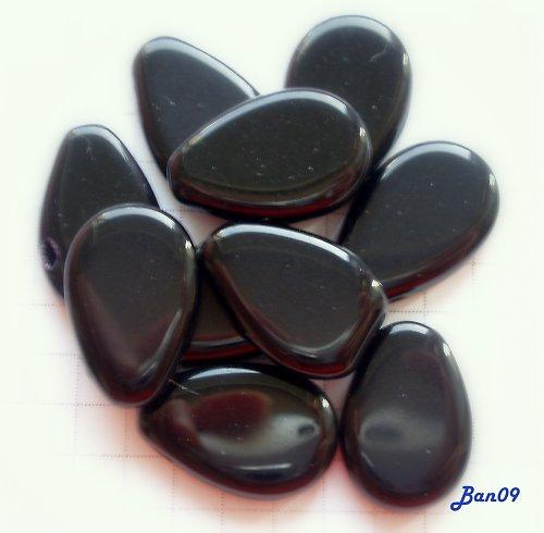 Kapky ploché černé