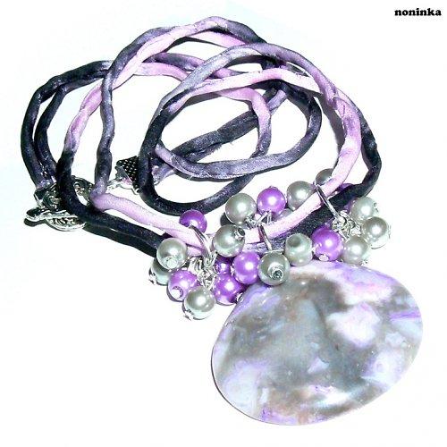 fialovo-šedivý jaspis