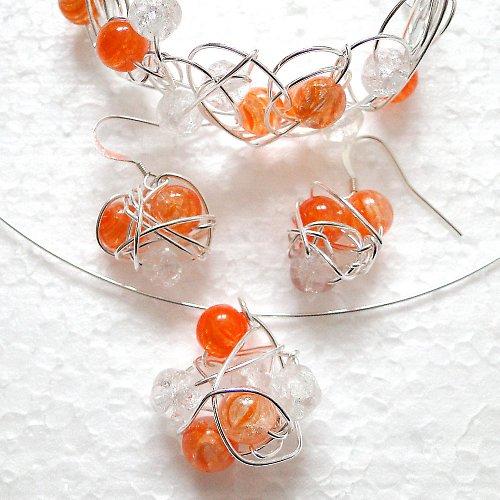 Hadí náušnice práskané do oranžovobíla