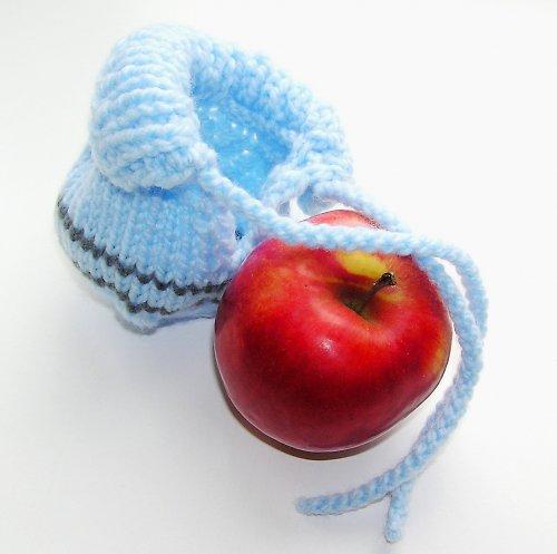 Svetr na jablko - modráskový